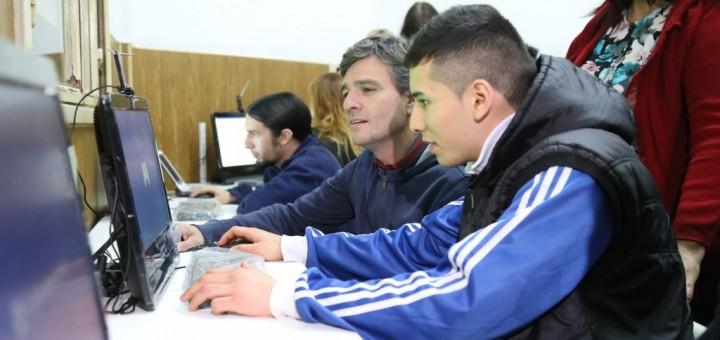 aulas digitales-fines en Hurlingham