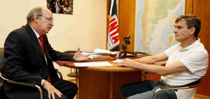El concejal Zabaleta y el presidente del INTA Anglesio