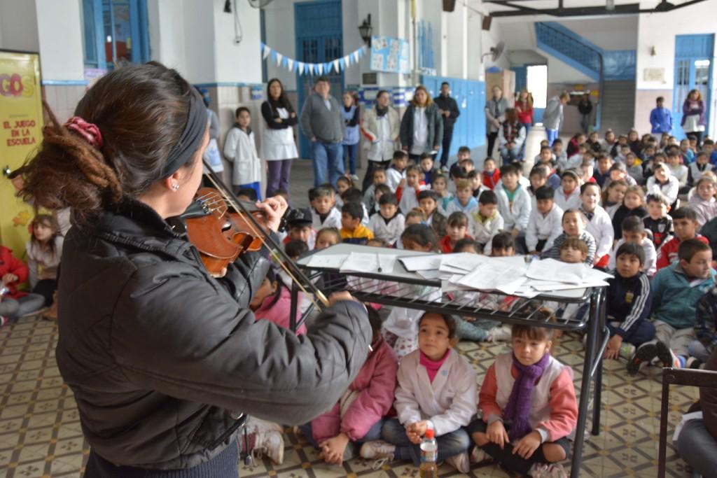 Orquesta Va A la escuela