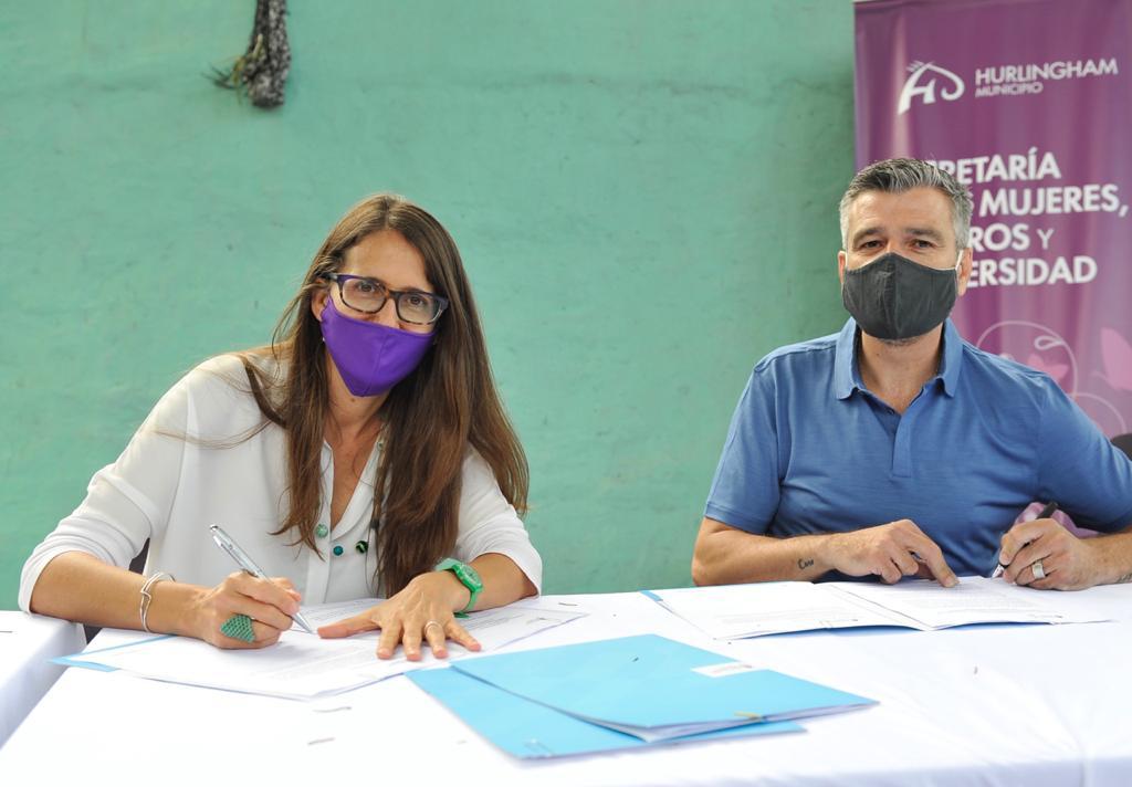 Hurlingham firma convenios con Nación para reforzar las políticas de género